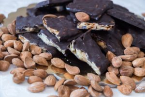 Biologicamente_Croccantino_Mandorle_Cioccolato